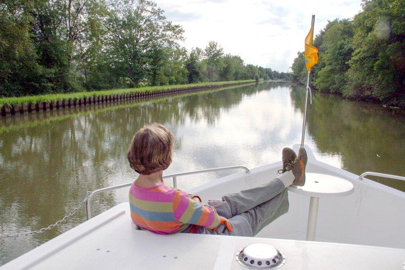 Kanał Marna-Ren z pokładu barki