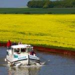 wakacje na barce Alzacja pola rzepaku kanał Marna-Ren