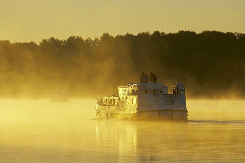 Meklemburgia wakacje na barce Europa mgły