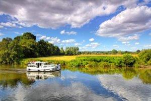 Wybieramy kraj i region - wakacje na barce