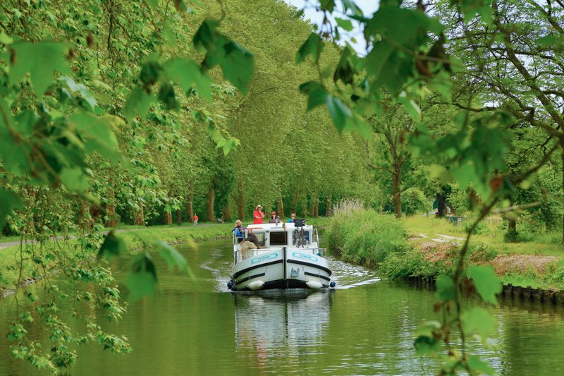 wakacje na barce Francja Franche-Comte