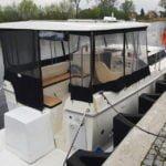 barka Calipso 750 od tyłu