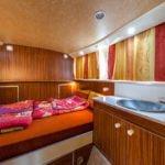 barka Penichette 1107W - kabina z umywalką