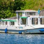 barka Penichette 1107W - odbijacze zabezpieczaja burty