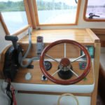 stanowisko sterowe na barce River Cruiser 39