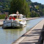 Akwedukt wakacje na barce Gaskonia i Akwitania