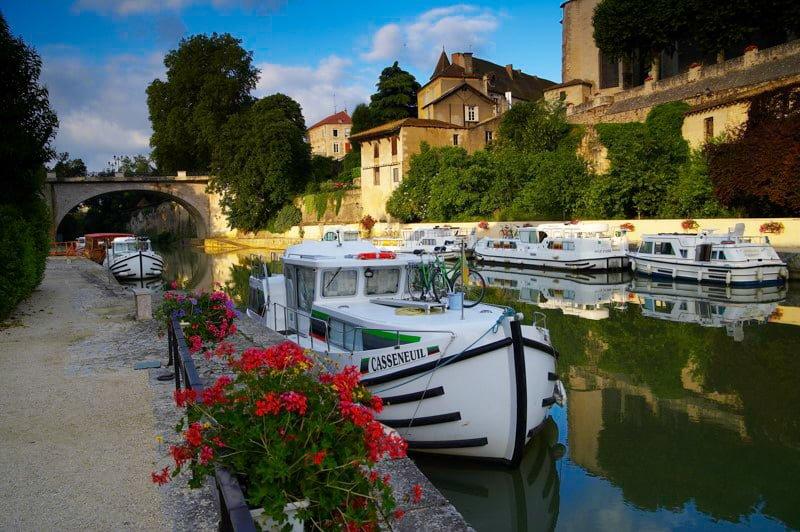 Rzeka Baise Nerac Gaskonia wakacje na barce