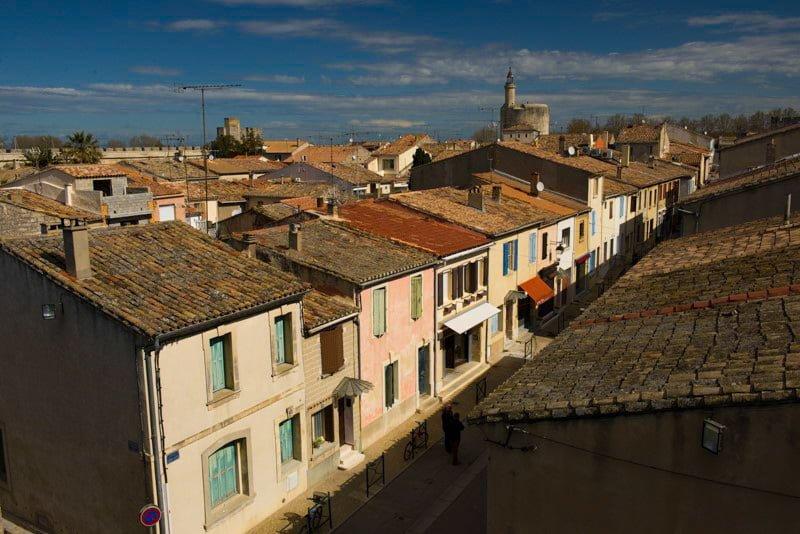Aigues-Mortes Francja region Camargue widok z murów miejskich