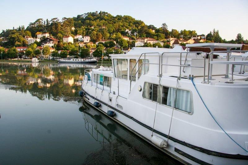 Port Agen wakacje na barce Gaskonia