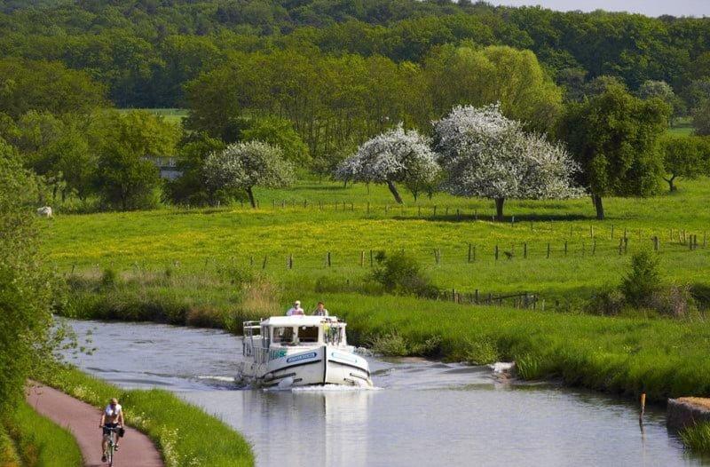 Alzacja kał Marna-Ren wiosna wakacje na barce