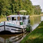 Burgundia kanał Nivernais wakacje na barce