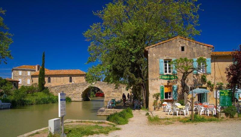 Le Somail Canal du Midi wakacje na barce