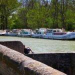 Negra Canal du Midi oczekiwanie na otwarcie śluzy