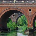 Stary most kolejowy na rzece Brda wakacje na barce
