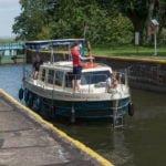 Vistula Cruiser śluza Michałowo wakacje barka