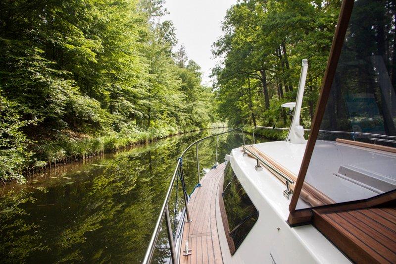 Wakacje na barce - kanał Ostródzki