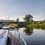 Rzeka Elbląg Kanał Elbląski wakacje na barce