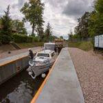 Śluza Mała Kanał Elbląski wakacje na barce