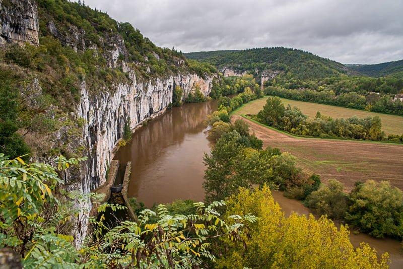 Rzeka Lot Saint-Cirq Lapopie