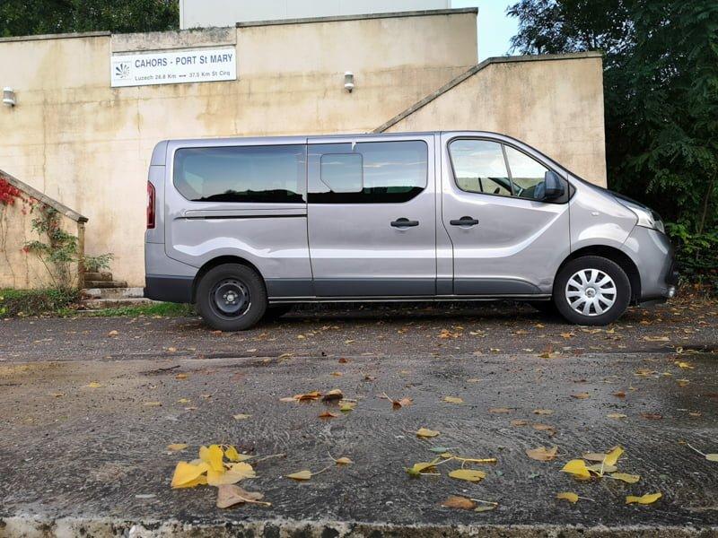 Nasza limuzyna w porcie w Cahors