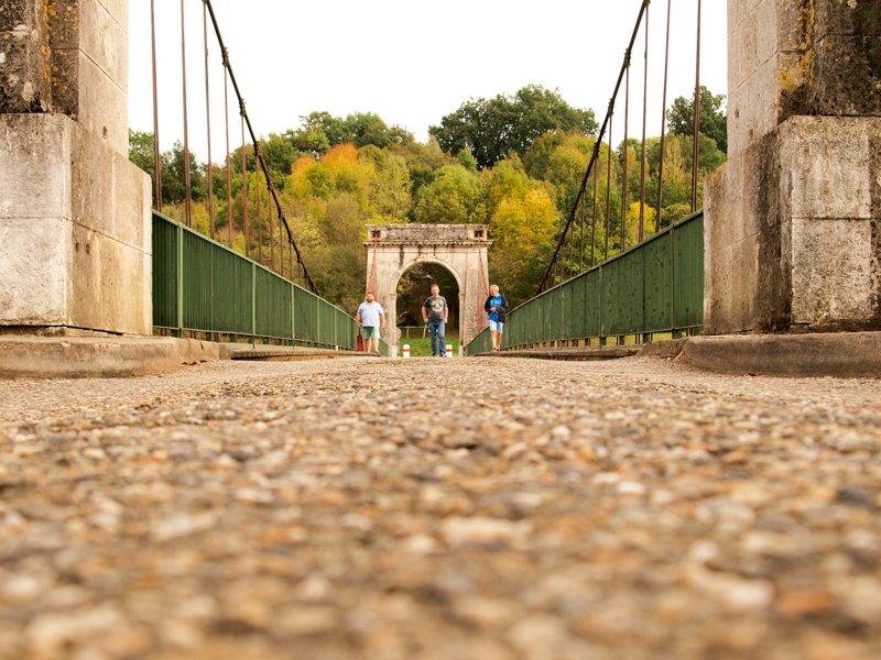 Z wizytą na moście w Vianne