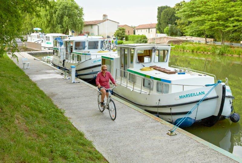 w bazie Negra na Canal du Midi