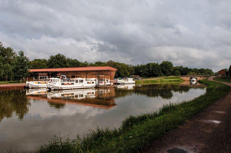 Corbigny na kanale Nivernais