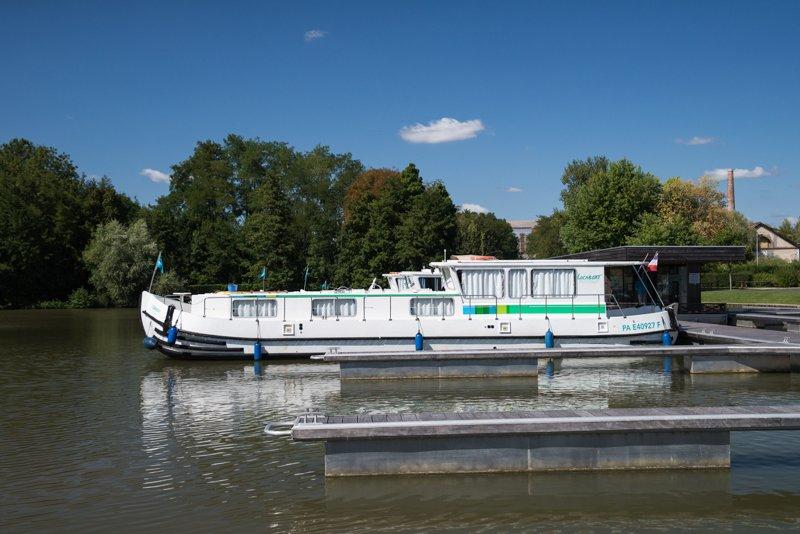 barka Penichette port Briare