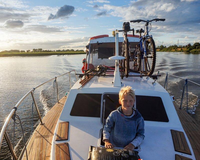 Wakacje z dziećmi na barce