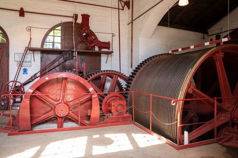 wewnątrz maszynowni na pochylni Buczyniec